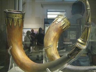 Taplow_drinking_horns